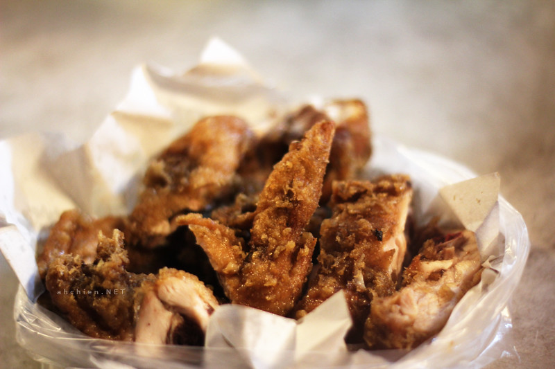 SinTat Garden : Belacan Fried Chicken
