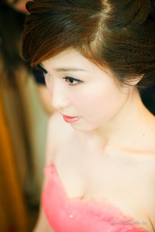 wed110910_0076