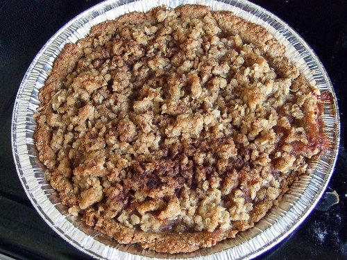 Apple Cinnamon Crumble Pie.