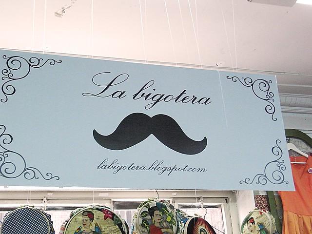 la bigotera
