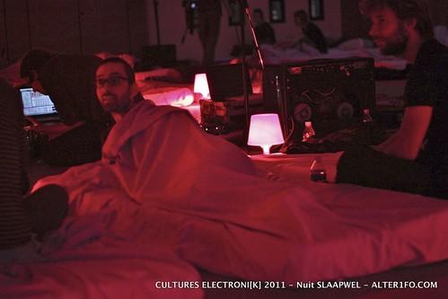 2011-10-14-ELECTRONIK_Nuit-SLAAPWEL-alter1fo-7