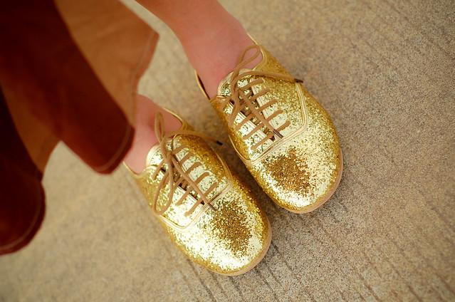 sofia glitter Oxfords in GOLD