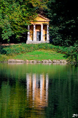 Home_reflection (Riccardo Brig Casarico) Tags: autumn italy lake reflection verde green home water colors alberi wow landscape photography photo reflex nikon europa europe italia colours foto details fiume dettagli fotografia nikkor sole acqua autunno colori prato atmosfera brig 18105 giorno riki fiumi boschi atmosphre d5100 brigrc
