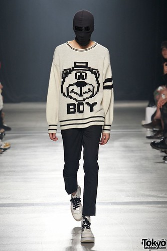 Banal-Chic-Bizarre-Menswear-Japan-Fashion-Week-2012-SS-022-600x900