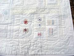 Monogram-Weißwäschequilt Detail