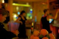 @ mein haus am see (Winfried Veil) Tags: leica berlin beer caf fruits fruit bar germany deutschland 50mm bottle cafe lemon dof veil rangefinder depthoffield lemons nightlife lime mitte summilux asph flasche limes winfried kneipe bierflasche limetten rosenthalerplatz m9 schrfentiefe obst zitronen zitrone berlinmitte nachtleben orangen limette bottleofbeer tiefenschrfe unschrfe apfelsinen messsucher mobilew brunnenstrase torstrase leicam9 winfriedveil meinhausamsee