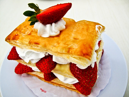 IMG_2228 Strawberry Strudel - Pastry with strawberries