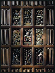 linenfold panelling (Isisbridge) Tags: old uk england building english heritage college emblem hall wooden university panel britain motto historic dininghall oxford british oxfordshire magdalen panelling linenfold