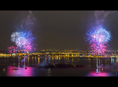 Fireworks and the Statue of Liberty (RBudhu) Tags: newyorkcity newyork fireworks gothamist statueofliberty libertyisland 125thbirthday fortwood bedloesisland libertclairantlemonde