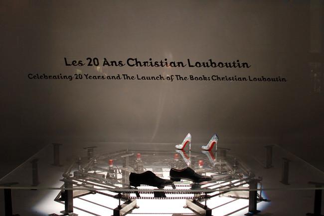 Louboutin_Barneys024