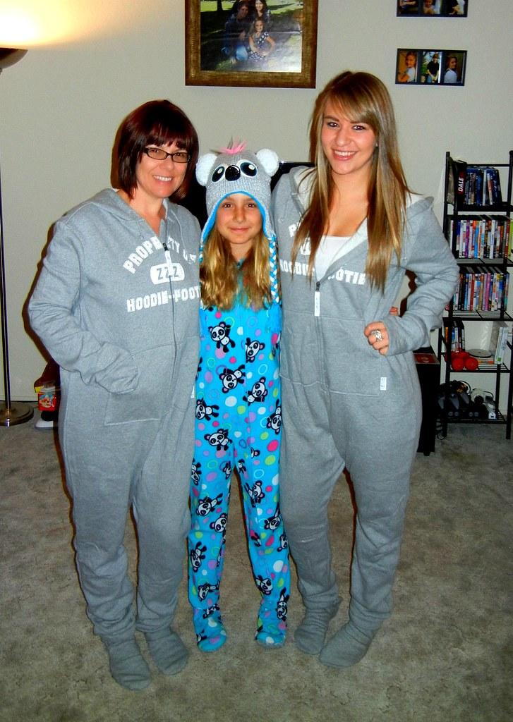 Girls Pajamas Christmas
