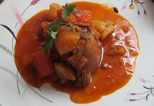 Frango double cooked ao Red Curry com batatas e cenoura by Sergio Nedal Riss