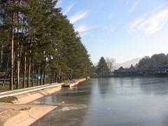 Jezero je zaleeno (Samir Aslani) Tags: zlatibor apartmani smetaj vilaas asvila