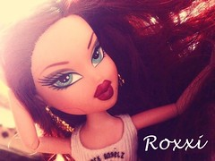 Roxxi (Bratz Guy (2nd Account)) Tags: girls dolls glow mga bratz roxxi bratzparty