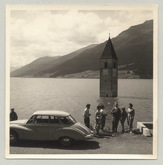 Reschensee / Lago di Resia (Raymondx1) Tags: white holiday black classic cars car vintage photography vacances photo automobile holidays foto urlaub sw motor ferien dkw autounion sdtirol altoadige southtyrol reschensee reschenpass lagodiresia passodiresia blackwhite dkw36
