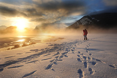 Artist of the light (VictorLiu Photography) Tags: lake snow canada mountains calgary fog sunrise gold photographer footprints alberta banffnationalpark canadianrockies vermilionlake nikond700 nikon1424