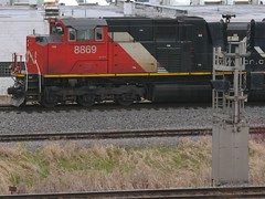 Lit (Wide Cab) Tags: cn train freight canadiannational manifest neenahwi a447 neenahsub dixiesiding