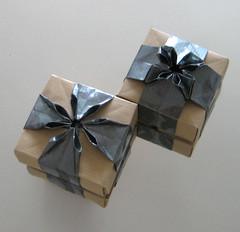Variation Hortensienschachtel -Variation Hydrangea Box (Vielfaeltig2010) Tags: origami hydrangea hortensie ajisai papierfalten dasssa hydrangeabox dasaseverova vielfaeltig2010 hortensienschachtel somosendre