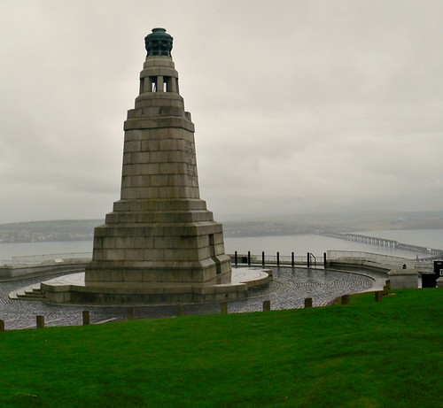 War Memorial on Dundee Law