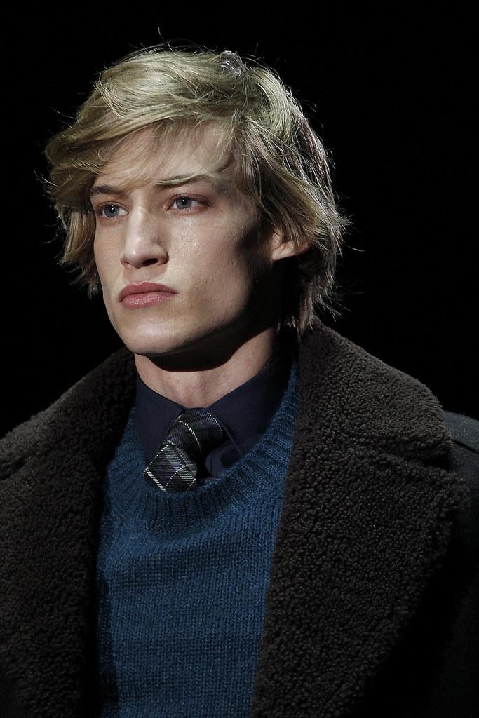 Henrry Evans3002_FW11 Milan Gucci(VOGUEcom)