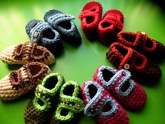 WHATEVER HAPPENED TO BABY JANES (FRANCINE TOUKOU) Tags: baby diy pattern maryjanes tot crochetslippers