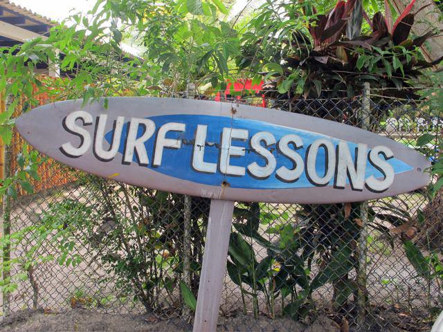 Surf lessons in El Palmar, Panamá