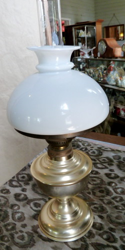 E935N 1880s - 1890s Kerosene Lamp with Original milk glass shade.