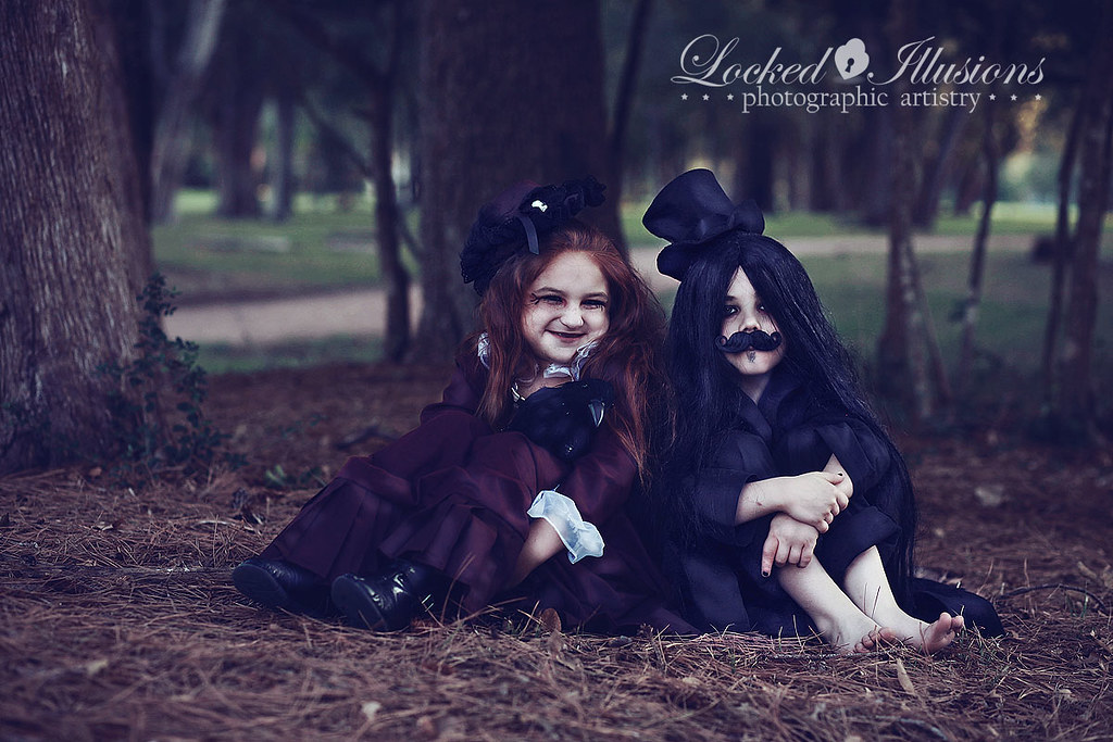6252114153 5681f49cce b Goth Children | Houston Photographer