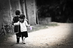 Sisters. (yaw yong xin) Tags: travel bw flower love monochrome loving sisters asian mono nikon asia track purple sister path vietnam explore sibling nikkor bnw sapa selectivecolor selectivecolour d300 200mm