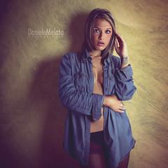 Stefania 14 (Daniele Melato // www.danielemelato.com) Tags: light shadow woman muro girl wall canon studio eos donna ombra jeans blond 7d luce ragazza daniele bionda posa melato