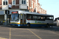 Network Colchester 512 HX51LRK (Howard_Pulling) Tags: camera autumn bus buses canon october picture dennis essex dart colchester compass caetano 512 slf 400d networkcolchester route8a hx51lrk service8a