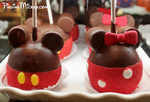mickey & minnie apples