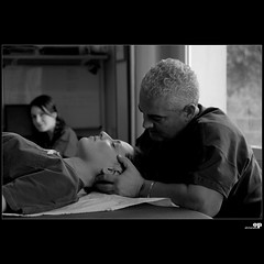 Physiotherapy (Osvaldo_Zoom) Tags: italy ball hospital nikon friend play sicily als physiotherapy neurology sla mistretta physiotherapist aisla d80 fondazionemaugeri neurologicalrehabilitation