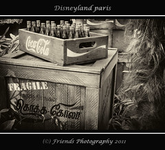 Coca Cola, as in the old days (drbob97) Tags: old friends paris me canon vintage bottle cola drink disneyland disney days crate fragile coca parijs drbob 24105 2011 lserie friendsphotography mygearandme mygearandmepremium mygearandmebronze drbob97