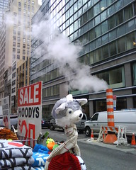 Steamwolf (C_Oliver) Tags: usa newyork america scarf costume clothing wolf head manhattan pipe 5thavenue stall steam pole clothes hoody 48thstreet decapitated