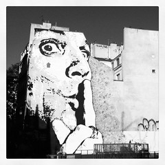Instagram N1 (Philippe Moreau Chevrolet) Tags: street city urban blackandwhite white streetart black paris france building face architecture mouth giant square french fun graffiti photo blackwhite eyes noir expression finger talk silence squareformat rue hush gant blanc unexpected insolite immeuble carr iphone chut artderue blackwhitephotos expressif formatcarr iphoneography instagram instagramapp