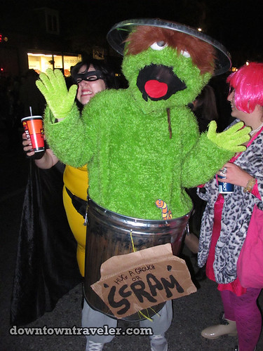 NYC Village Halloween Parade 2011_Oscar the Grouch