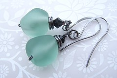 Modern Antiques (Glittering Prize - Trudi) Tags: etched green glass beads crystals handmade antique jewellery earrings jewelery nuggets trudi lampwork gunmetal glitteringprize
