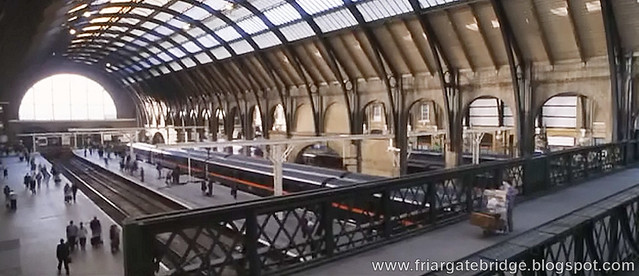 King's Cross Footbridge Harry Potter 2