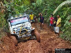 Borneo Safari 2011 - Day 5 (sam4605) Tags: 4wdsuvcom 4x4 4wd extreme offroad rainforestchallenge challenge kfwdc kinabalufourwheeldriveclub borneosafari borneosafari2011 safari borneo adventure sabah sabahborneo malaysia olympus e1 e3 zd ed 1260mm 70300mm toyotalandcruiserj4 bj40 bj43 bj46
