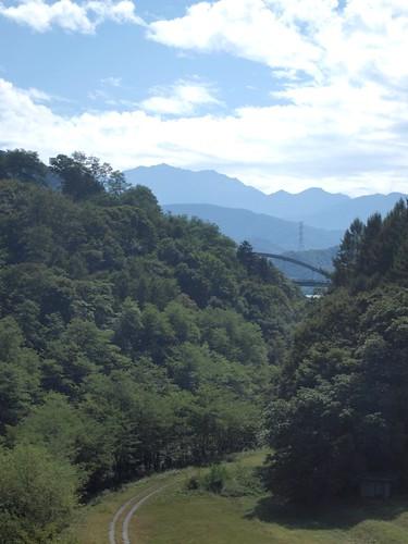 森の奥の鉄橋