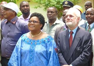 Vice-President Joice Mujuru and EU Ambassodor ...