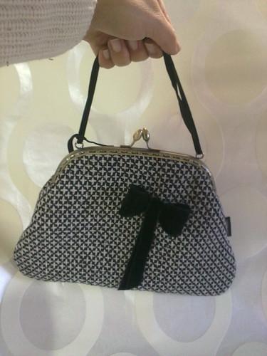 Bolsa de mão em fazenda Vintage by ♥Linhas Arrojadas Atelier de costura♥Sonyaxana