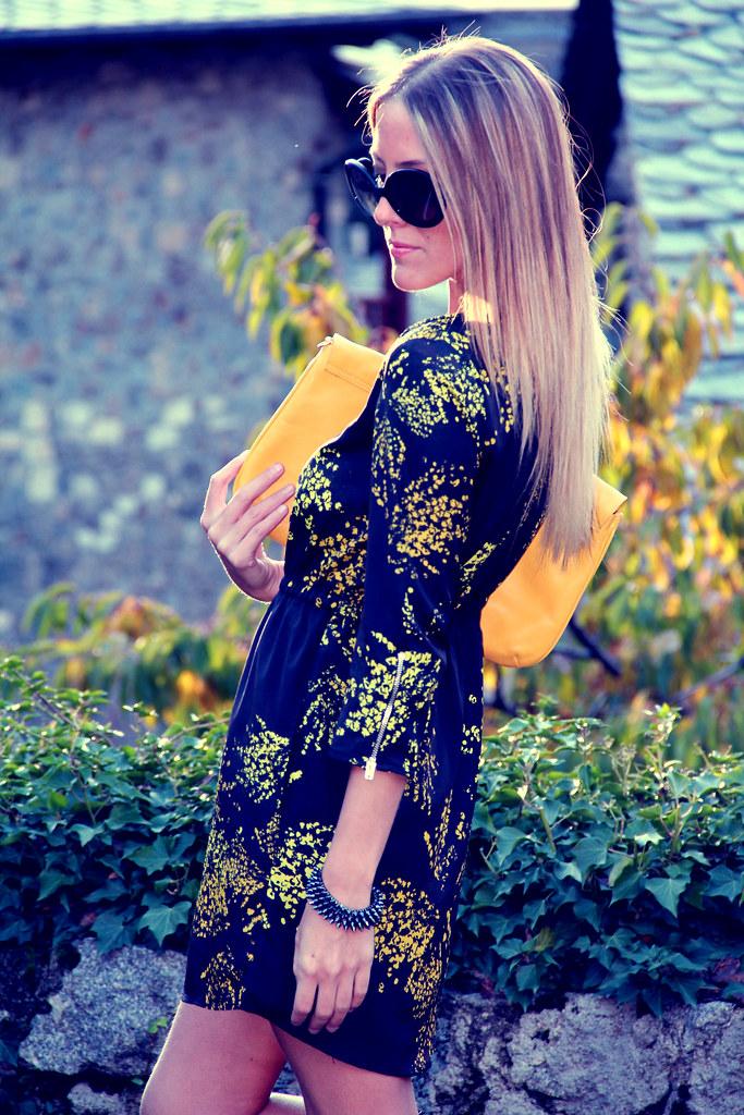 yellowII
