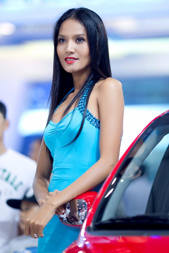 Hot girls in Vietnam motor show 2011 » Asian Celeb/hot girls