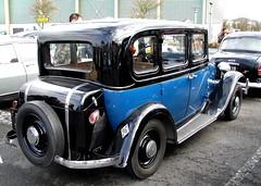 Renault Monaquatre bleue et noire 1933 (gueguette80 ... non voyant pour une dure indte) Tags: old blue mars cars renault bleu exposition autos bourse 2012 arras twotone anciennes bluecars franaises monaquatre deuxtons