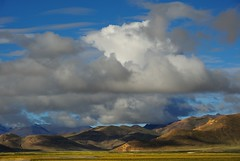 The Lanscape of Kyakyaru district, Tibet (reurinkjan) Tags: scenery scene scape tar 2011 tibetautonomousregion  janreurink tibetanplateaubtogang tibet himalayamountains natureofphenomenachoskyidbyings landscapesceneryrichuyulljongsrichuynjong naturerangbyungrangjung  tsanglatowesterntibet sagacounty landscapepictureyulljongsrimoynjongrimo himalaya landscapeyulljongsynjong himalayamtrangerigyhimalaya tibetanlandscapepictureynjongrimonb kyakyaruskyaskyaru tibethimalayanlandscapes