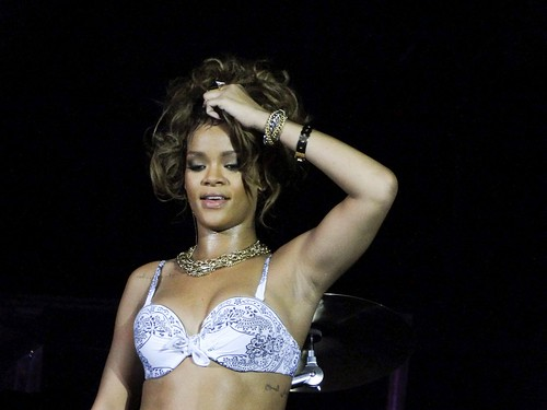 Rihanna – Performs Live in Belo Horizonte