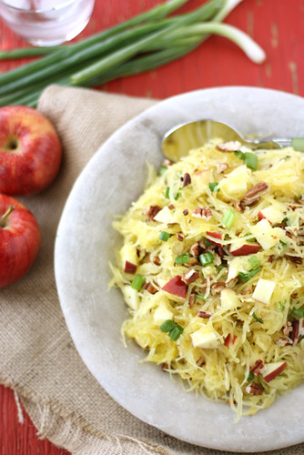 This spaghetti squash recipe, with apples and toasted pecans is a fantastic healthy side dish for autumnal meals.