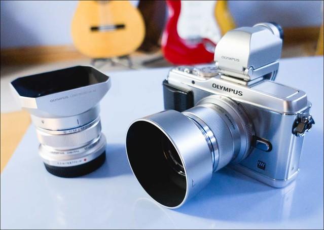 Olympus E-P3 12mm f/2 45mm f/1.8 Lens Hoods